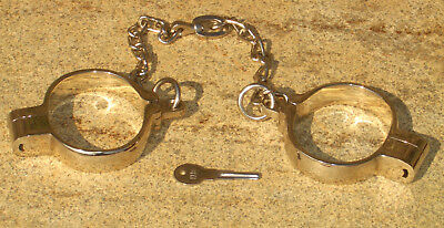 Handschellen Handcuffs boundshop KuB KB 928 small or large