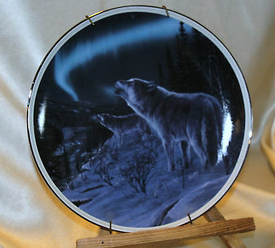 Bradford Exchange Collector Plate Wolf Echoes Along The River Of Light #450B