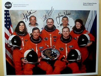 HALSELL - USACHEV - VOSS - HELMS   Crew of Space Shuttle Mission STS-101