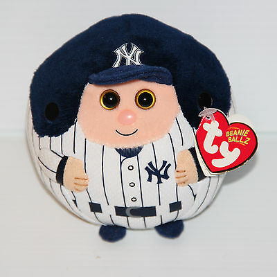 TY Beanie Ballz MLB New York Yankees 2014 With Tags White Blue Baseball EUC