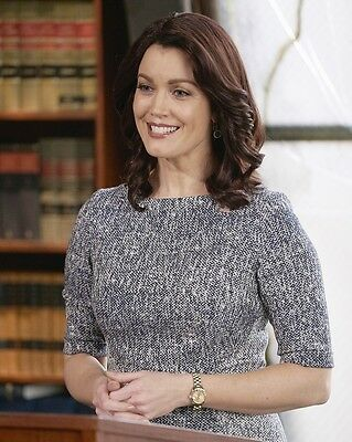 Bellamy Young 8x10 Photo 001