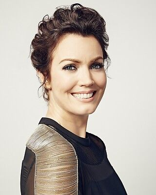 Bellamy Young 8x10 Photo 035