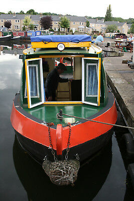 Great value narrowboat day hire, Yorkshire based, 4 adults/2 adults, 3 kids