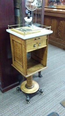 awesome shaving stand with accessories great for barbershop or home