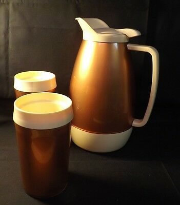 Thermo-Serv Insulated Pitcher and 2 Matching Glasses. Condition is Good