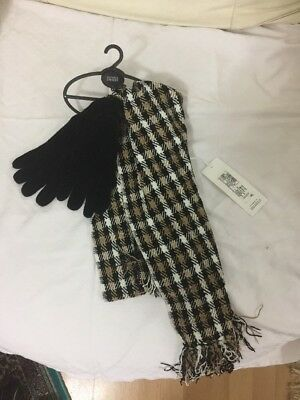 New With Tags 2 Parts M&s Scarf & Gloves Gift Set