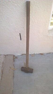 Sledge Hammer 10lb with 900mm handle.