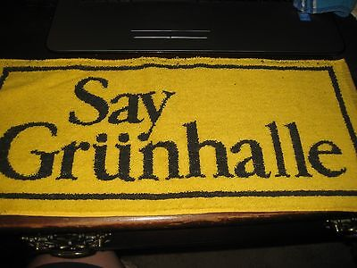 BEER BAR PUB Towel; SAY GRUNHALLE; ;Vintage GREAT BRITIAN / ENGLAND; Colorful.