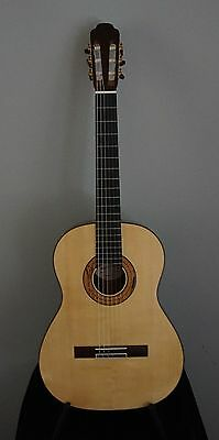 Classical Guitar - Hand Made by Thomas Keith England