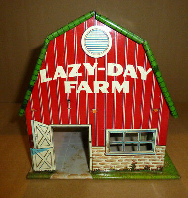 Vintage Marx LAZY DAY FARM Metal Barn with Miscellaneous Accessories Child's Toy