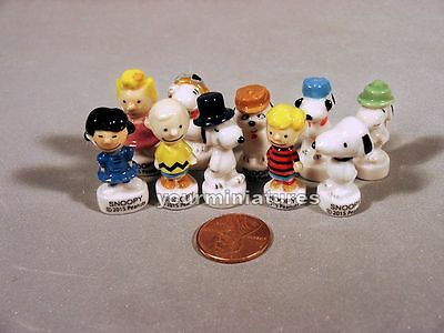Miniature French Porcelain Feves Charlie Brown, Snoopy and the Peanuts Gang