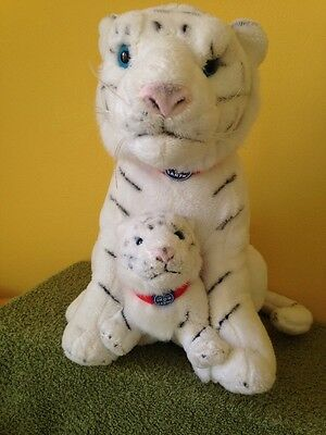 Greatest Show On Earth White Tiger With Cub Plush