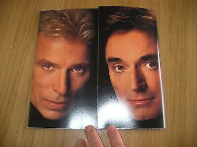 Siegfried and Roy At The Mirage Show Magic Program