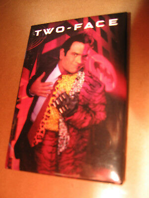 Batman Forever Badge Button Tommy Lee Jones As Two-Face Promotional Item Oop
