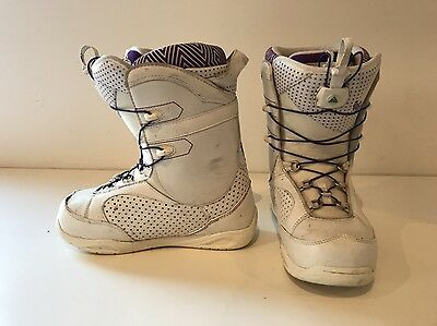 Used - K2 Mink Fast-In White Women's Snowboard Boots Size 7