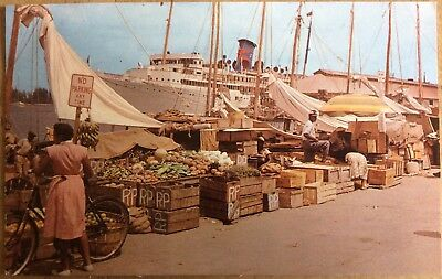 VINTAGE BAHAMAS PC QUAYSIDE MARKET SELLING FRUIT/ VEGETABLES CRUISE LINER 1960s