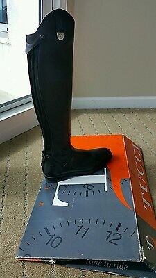 Tucci boots