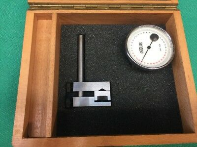 Reglus Dial Angle Gauge With Base.
