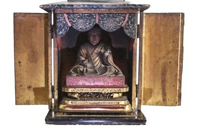 Japanese Butsudan Buddhist Altar / Shrine, 18-19th century black lacquer cabinet