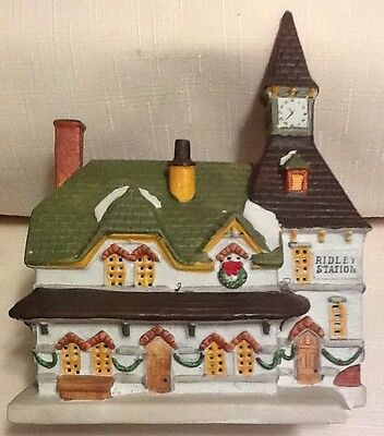 Vintage 1992 Lemax Christmas Village Lighted Ridley Train Station Very Nice