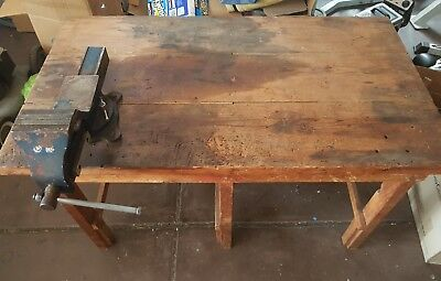 Antique Work Bench With Large Swivelling Vice