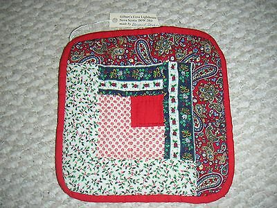 Handmade Quilted Christmas Potholder,Hand quilted,Came from Novia Scotia