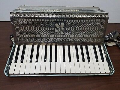 Vintage Nicolo Salanti 34/48 Intermediate Size Piano Accordion