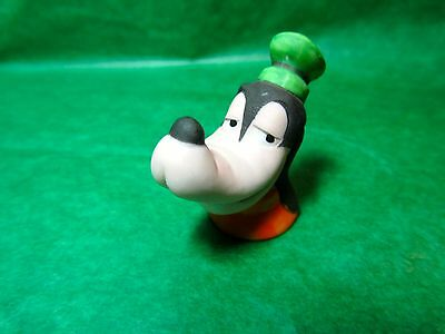 Vintage 1988 The Disney Collection Goofy Bisque Thimble (T216)