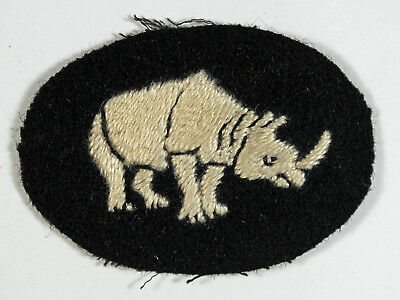 1st Armoured Division WW2 Embroidered Formation Sign Badge - 1st Pattern