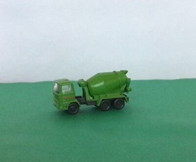 N Scale Cement Mixer Truck (Wiking)