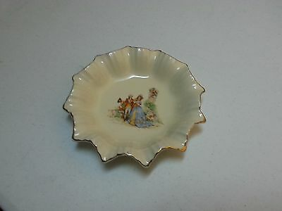 J G Meakin Sol Candy Plate In Sunshine Pattern Antique