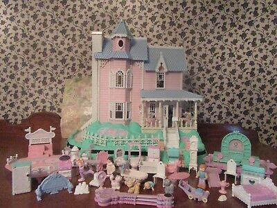 Vintage Precious Places- Mansion w/ working lights & lots of accessories!