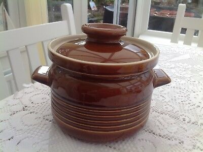 Irish Wade Country Ware Series Cooking Crock with Lid