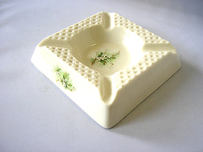 Vintage Parian Donegal China ashtray Hawthorne Pattern 5092 dish Ireland (X)