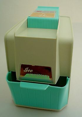 Vintage Proctor-Silex Ice Crusher Cream and Teal