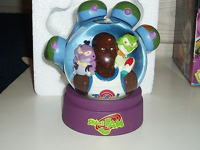 SPACE JAM Michael Jordan Snow Globe NEW MIB limited edition
