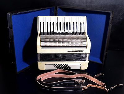 VINTAGE TOP PIANO ACCORDION WELTMEISTER-48 bass,5 reg.+HARD CASE~MADE IN GERMANY