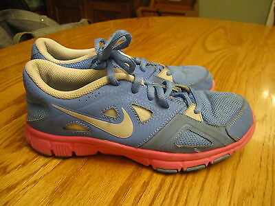 Nike Training Youth Girls Size 3 Periwinkle Purple & Pink Athletic Running Shoes