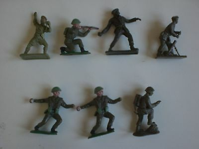 VINTAGE CRESENT BRITISH SOLDIERS x 7 as seen