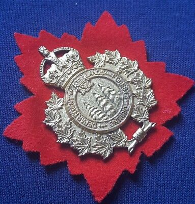 Ontario Department Of Lands And Forests Cap Badge
