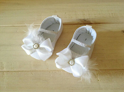 NEW Baby Girls Feather & Bow Christening Shoes, white, size 3-6m 12-18 mos