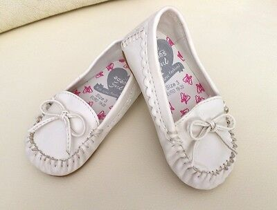 BNWT Adams Girl Toddler baby Kids White Loafer Flats Shoes *12-18 months*