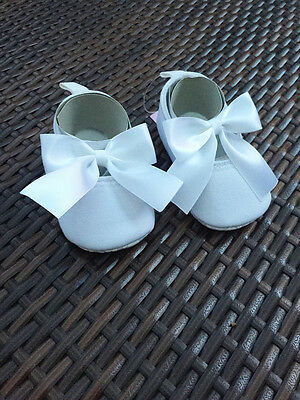 Baby Girls Christening Shoes w/ Satin Bow detail 12-18 mos, white