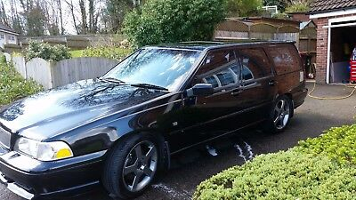 Volvo V70R  parts only (this auction is for one wheel nut ) contact for prices
