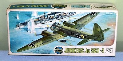 Vintage Model Aircraft kit of the Junkers Ju 88A-4 by AIRFIX No.387 Series 4
