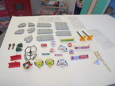 Lot Of Majokit Esso Gas Station Parts  And Accessories Lights And Signs