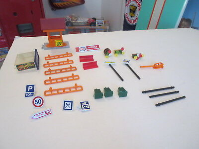Lot Of Majokit Parts  And Accessories Lights And Bank Machine