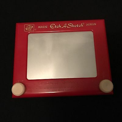 Etch a Sketch Classic Vintage Game Toy In Good Condition