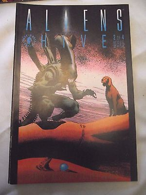 Aliens Hive #2 (of 4)  Dark Horse VGFN (small tear on back cover)