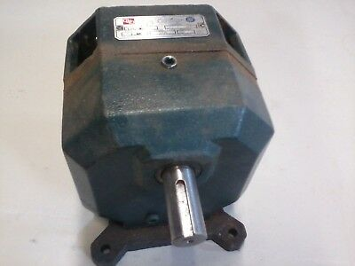 Grove Gear gear box LMQ-06, 56 frame, Ratio 6:1 speed reducer